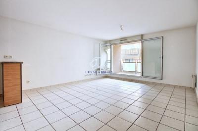 Appartement 3 pièces avec Balcon - 61 m² - 69400 VILLEFRAN