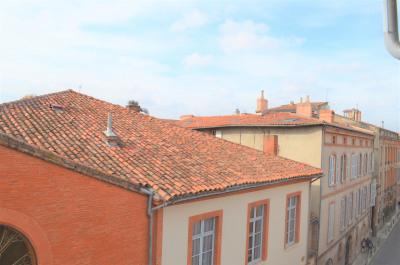 T3 Carmes calme vue sur toits dernier étage