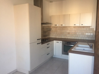 Appartement Grand T3 centre St just Malmont Garage