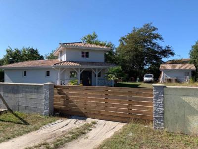 Maison en bois à Pontonx Sur L Adour de 145 m²