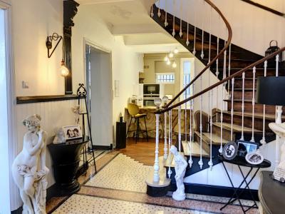 Chateaurenanrd - T6 - 213 m²