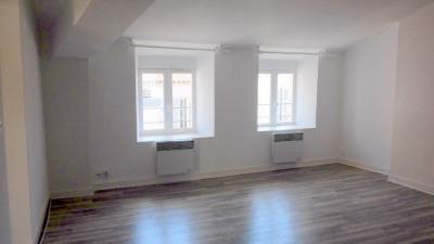 Rue du temple, 3 pièces 50 m², 3ème étage