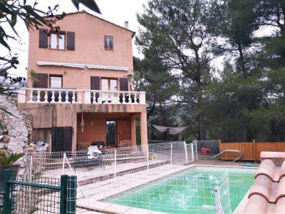 Villa + piscine composée de 2 logements