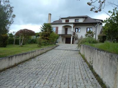 3000 m²-3 chambres Boulogne sur Gesse