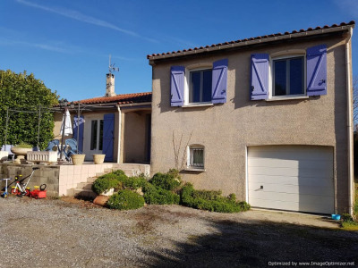 Villa T 4 avec terrain et vues Pyrénées