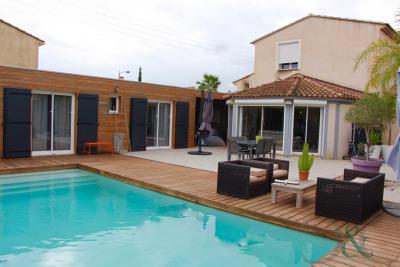 Maison à vendre proche centre ville avec piscine