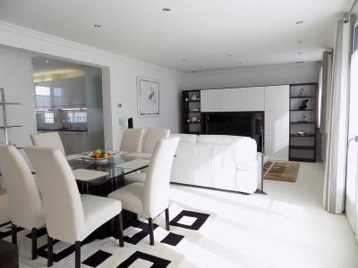 CENTRE VILLE appartement 90 m² STANDING climatisé