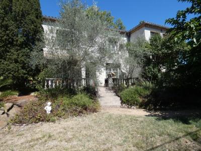 Villa Bram 8 pièce (s) 200 m² sur 1000 m²