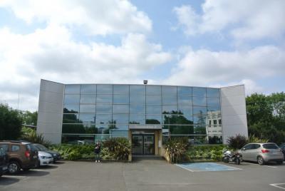 Bureau de 100 m²