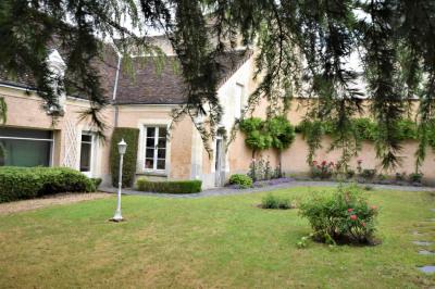 Maison Montoire Sur Le Loir 13 pièce (s) 391 m²