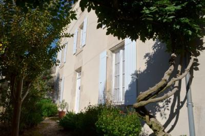 Maison FONTENAY 205 m² hab 8 pièces