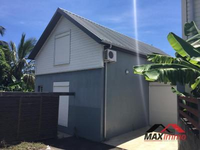 Maison st denis - 4 pièce (s) - 100 m²