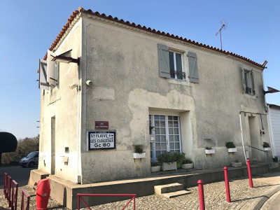 Bourg girouard - maison