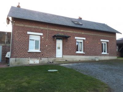 9 Km de Saint-Quentin 4 pièce (s) 145 m²