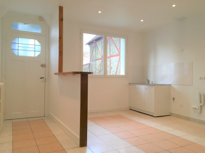 Maison/villa 4 pièces avec garage et sous-sol