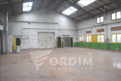LOCAUX PROFESSIONNELS PERRIGNY - 430 m2