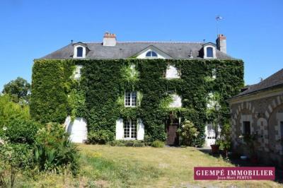 Maison 15 pièces 480 m² MURS-ERIGNE 1035000 euros