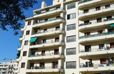 Appartement Nice 1 pièce (s) 33 m²