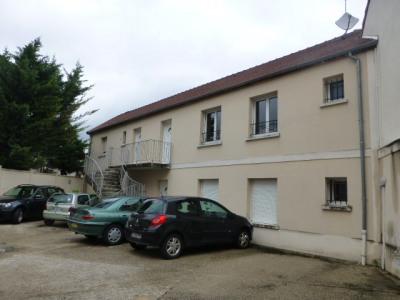 Appartement 2 pièces 1er étage à flins sur sein