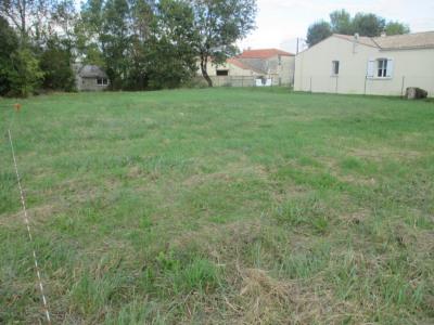 A Vendre Terrain Nantille env. 900 m²