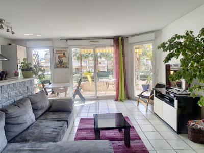 Appartement 3 pièce (s)+ garage + parking extérieur