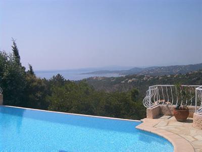 Location vacances maison / villa Les issambres 1825€ - Photo 1