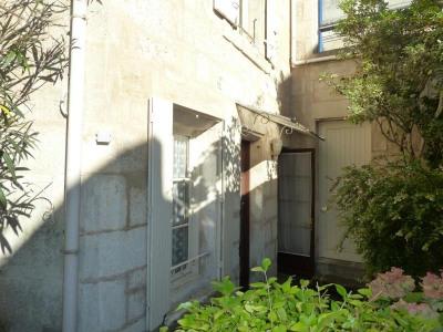 Maison en pierre 2 pièces