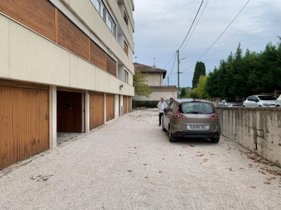 Parking / box Aix En Provence 15 m²