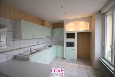 Appartement de 74m² avec 40 m² de grenier et cave de 8m²