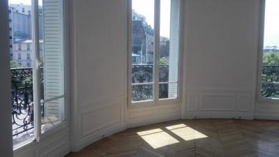 Appartement 8 pièces + balcon