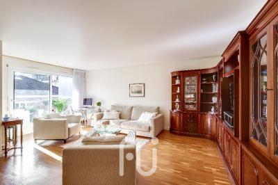 Appartement 4 pièces 94m² + Terrasse + Balcon + Parking