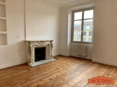 Appartement bourgeois T3