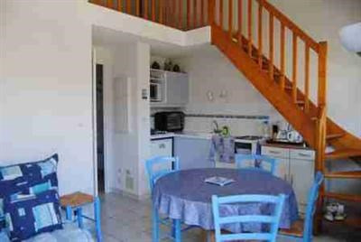Vacation rental house / villa Saint michel chef chef 330€ - Picture 3