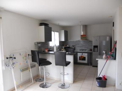 Maison à louer MACAU 4 pièce (s) 90 m²