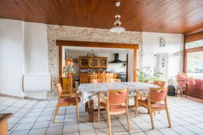 Maison type 8 Calme et Verdure 180 m² CHINDRIEUX