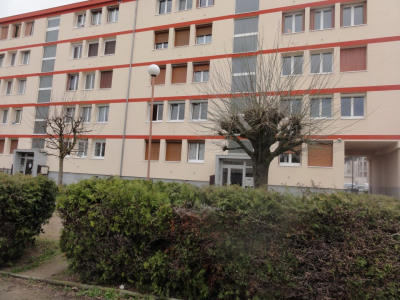 Troyes, BEL Apartment T3, bright and crossing, of 53 m2, sta