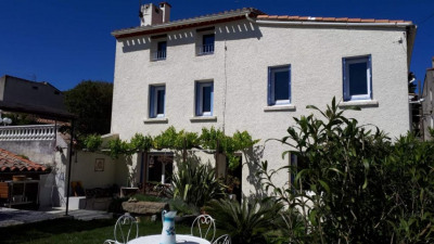Belle maison du village (T4) avec jardin