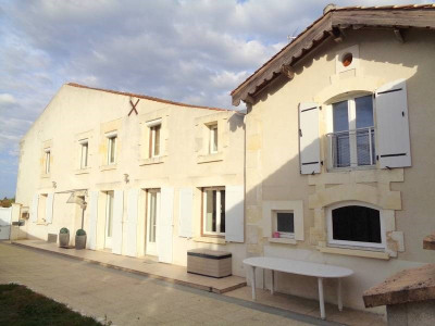 Haus 6 Zimmer Limitrophe de Cognac