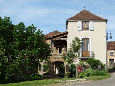 Beautiful Burgundy house in the heart of the most beautiful