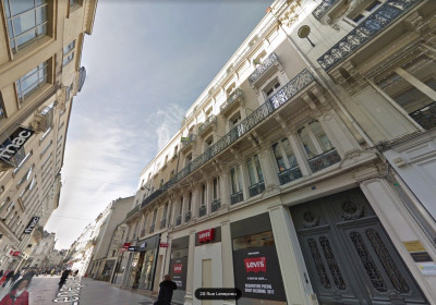 Rue Lenepveu - type 2 - libre -au calme -très bon état
