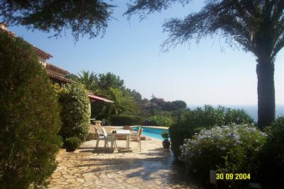 Vacation rental house / villa Les issambres 6625€ - Picture 4