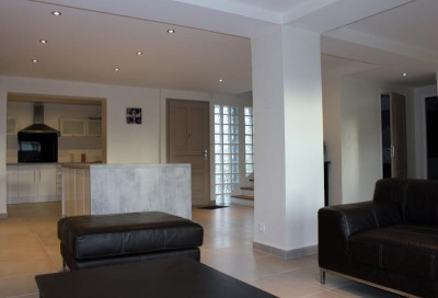 Maison contemporaine ploemeur - 9 pièce (s) - 220 m²