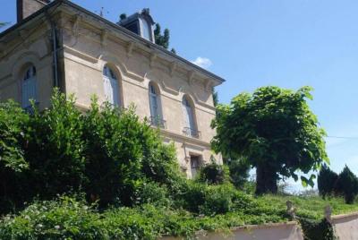 Maison bourgeoise de 8 pièces sur 2800 m² Terrain constructible