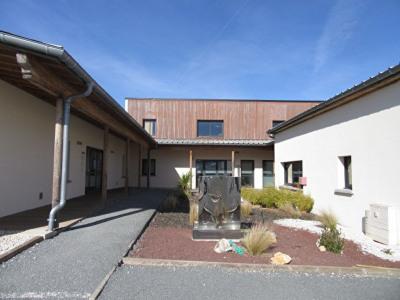 Local d'activité Champcevinel 110 m²