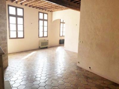 Appartement 4 pièces de 106 m² avec Garage et Patio