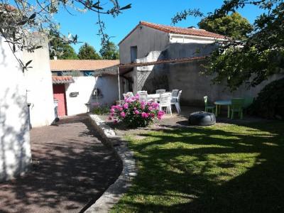 Maison - 8 pièce (s) - 161 m²