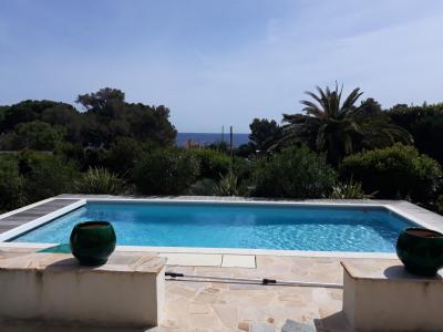 Villa 4 CH piscine près des criques