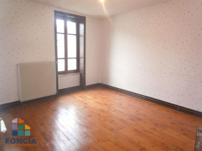 Chazelles sur lyon maison 5 pièces 108.55 m²