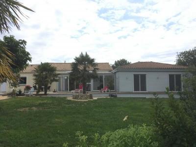 Maison st michel en l herm - 6 pièce (s) - 190 m²