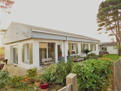 Maison parfait état 4 chambres séjour mer terrain terrasse garag